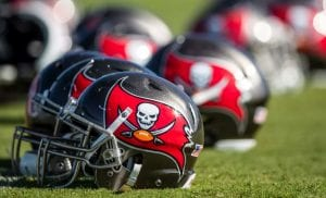 tampa bay bucs turn around defense photo by Kyle Zedaker
